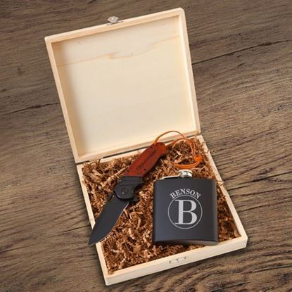 Groomsmen Circular Design Personalized Flask Gift Box