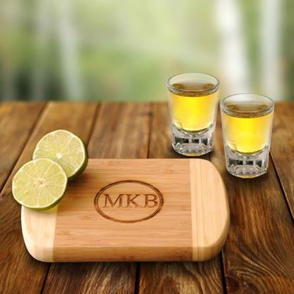 Personalized Bamboo Bar Board with two Distinction Shots